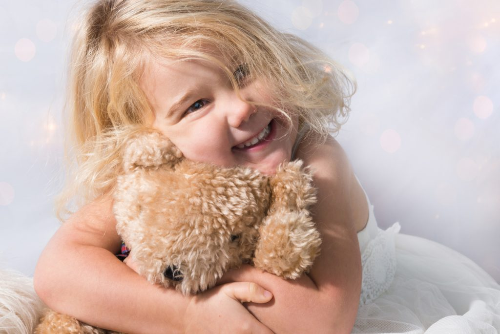 girl with teddy